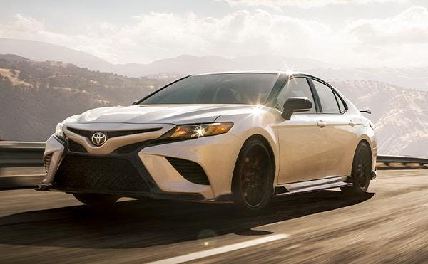 highlights of the 2020 toyota camry - blog post image