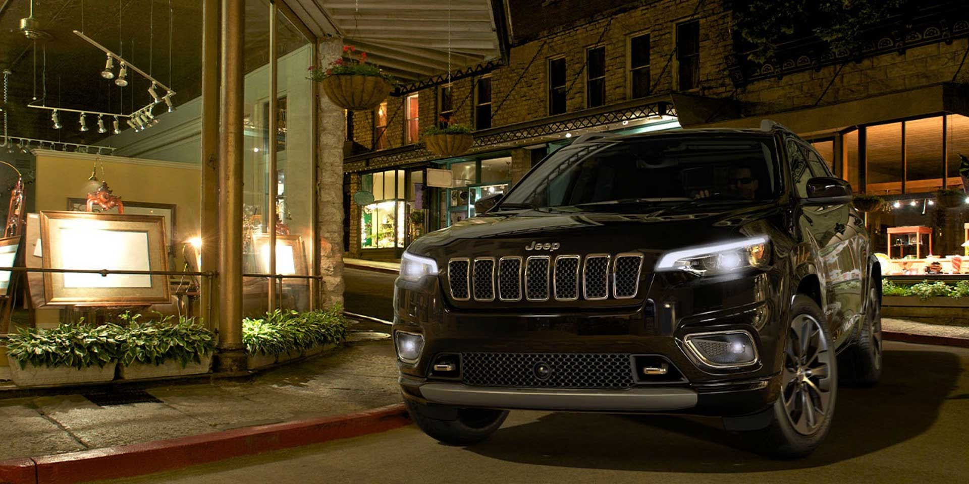 K4298 2020 Jeep Cherokee Pennsylvania dealership Diehl Automotive butler, pa Chrysler dodge jeep ram diehl of butler lease specials drive forward employee pricing plus Pacifica family pricing new vehicle specials covid19 coronavirus