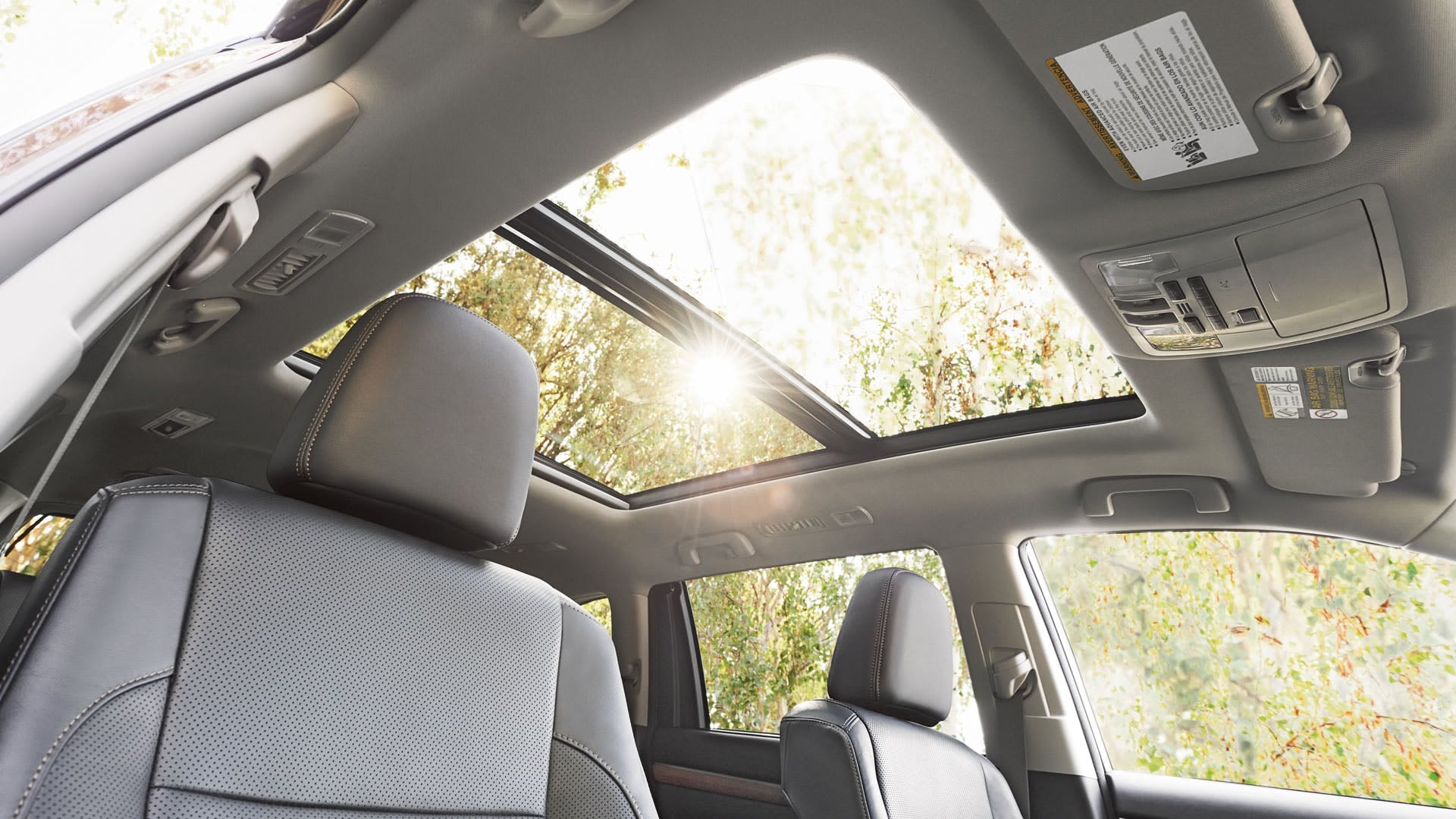PANORAMIC MOONROOF